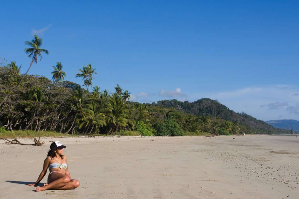 ¡Vamos a la Playa! 37 Splashy Spanish Beach Vocabulary Words