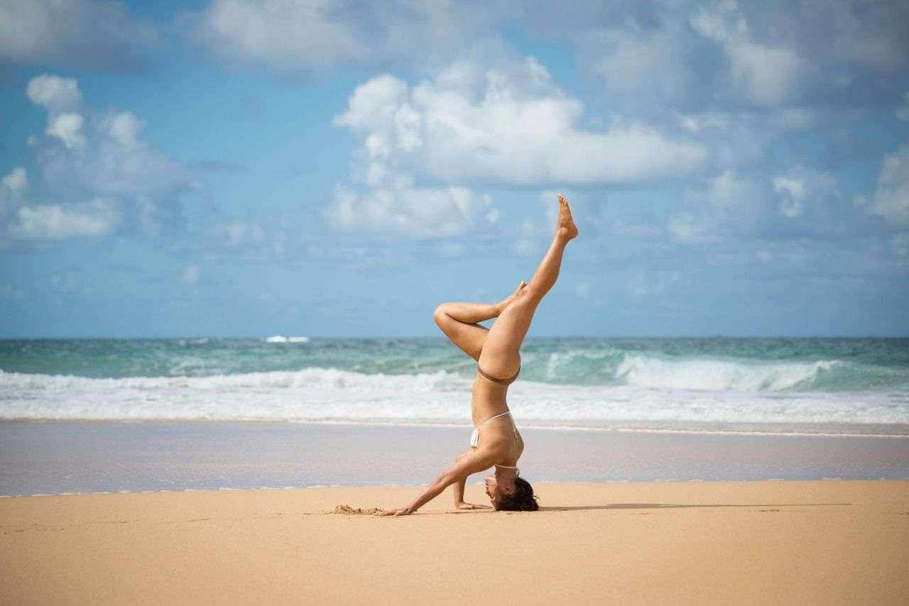 Yoga en la playa: la mejor experiencia en Costa Rica